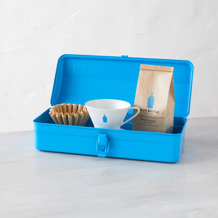 思わずポチってしまった、まさかのコラボ。BLUE BOTTLE COFFEE × TRUSCOのツールボックス