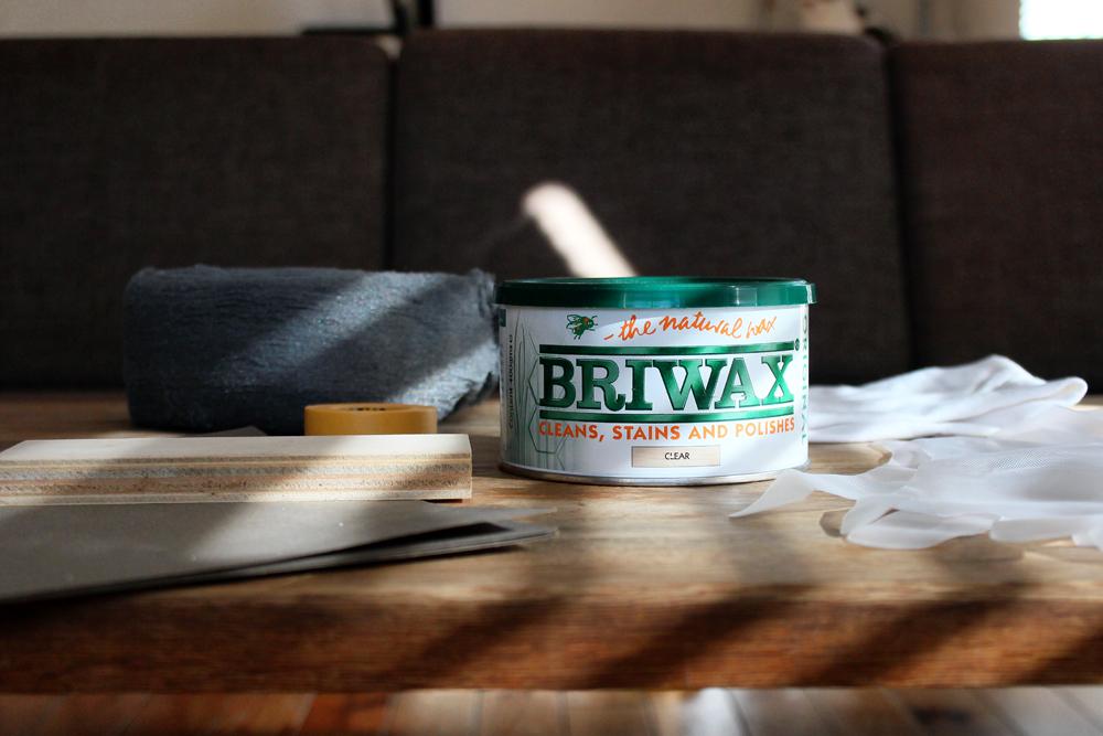定期的メンテナンスのすすめ。BRIWAX(ブライワックス)で無垢材テーブルを簡単に手入れする方法。